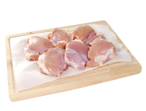 Absorbent crepe packaging for poultry
